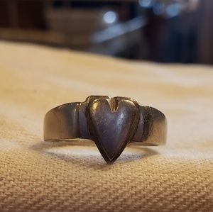 Jewelry - Artisan sterling silver heart ring
